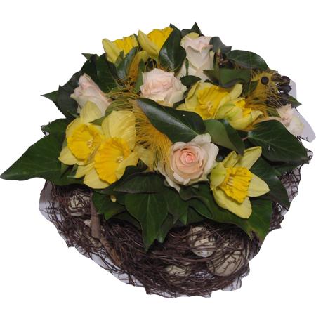 Quelques idées de bouquets et compositions florales sur le thème de Pâques