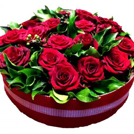 gateau de roses rouges