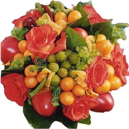 Votre bouquet de mariée composé de roses oranges et fruits de saison.