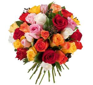 Votre bouquet de mariée composé de roses multicolores.
